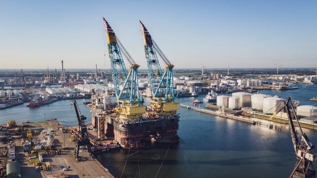 Saipem 7000 Semi-Sub Visits Damen Verolme Rotterdam for DPS Upgrade
