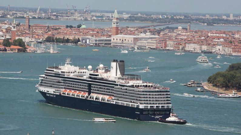 Venice S Controversial Cruise Ship Ban Lifted