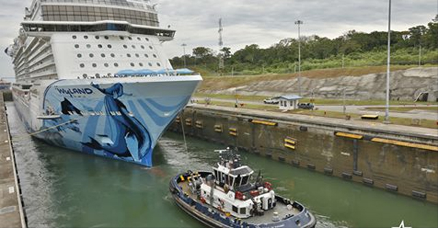 Norwegian Bliss Makes History For The Panama Canal