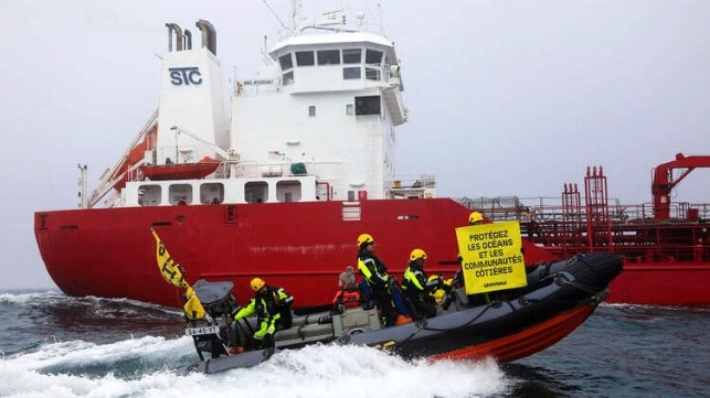 Greenpece intercepts tanker in English Channel to protest fish oil imports