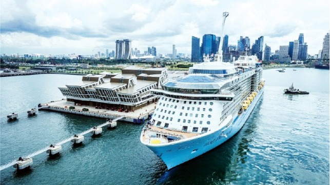 Singapore looks to restart cruise business