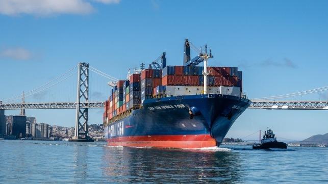 Oakland port congreston and volume declines