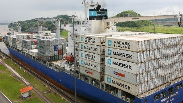 Maersk Cuts Services as Bunker Prices Rise