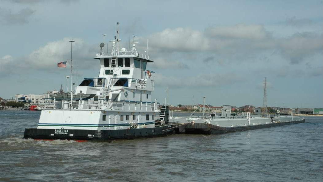 Barge Transport Wins on Fuel Efficiency