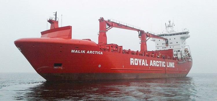 Arctic Line : Greenland s lifeline