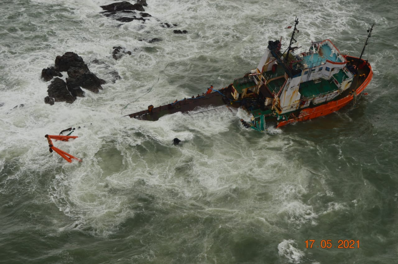 Cyclone Tauktae: 74 Seafarers Missing, Multiple SAR Ops Under Way