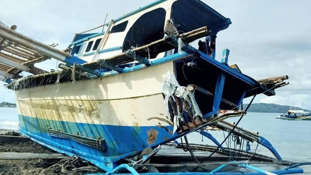 ff82a35394 Manila: Anchored Philippine Boat At Fault in Controversial Allision