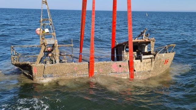 missing fishing vessel raised