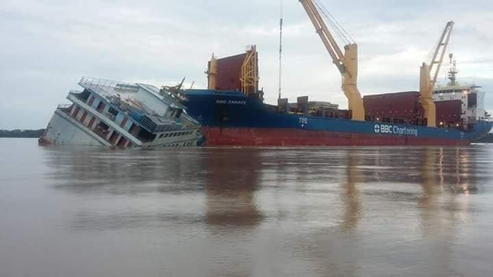 Photos: Ferry Strikes BBC Freighter on Amazon River