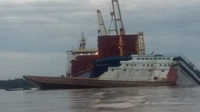 Ferry Strikes BBC Freighter on Amazon River